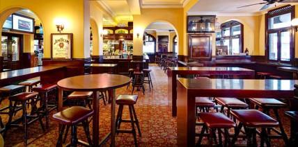 Rag-Famish-Hotel-Bar-Restaurant-North-Sydney-Bistro-Burger1