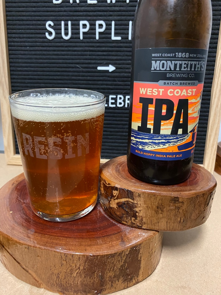 Monteith's Brewing Co - West Coast IPA